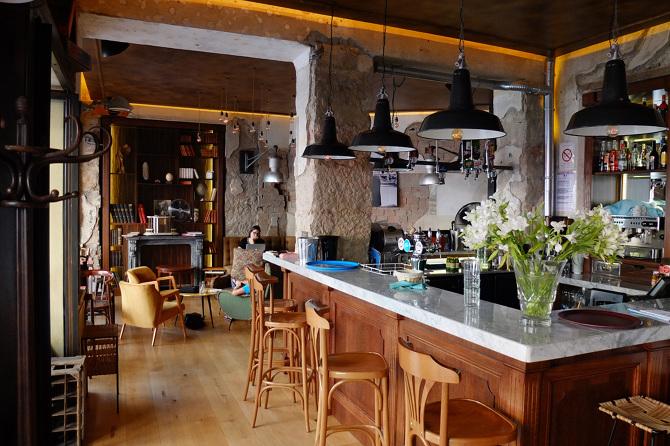 Comptoir bar design maison stunning cuisine ouverte avec for Comptoir de la maison